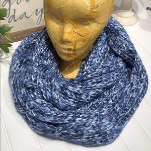 14th & Union scarf